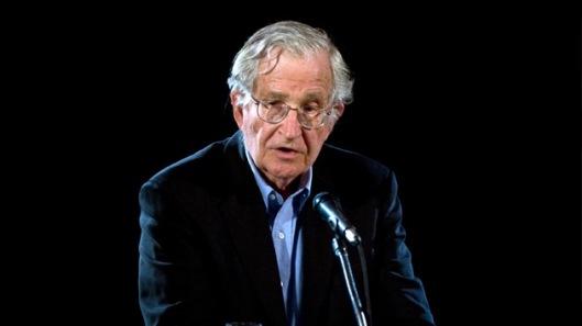 Noam-Chomsky-–-Reflexiones-sobre-la-ofensiva-israelí-y-política-internacional